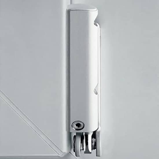 Fenêtres PVC ferrures pivot d'ouvrant